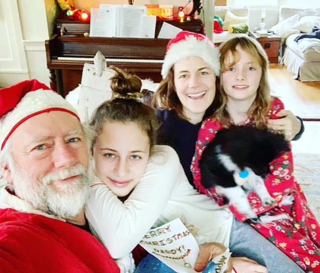 Sarah Clarke and Xander Berkeley, with their daughters, as seen in December 2019