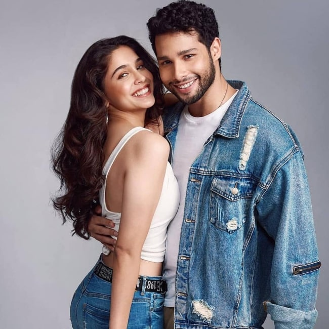 Sharvari Wagh as seen in a picture with her co-star Siddhant Chaturvedi that was uploaded to her fan page in February 2020