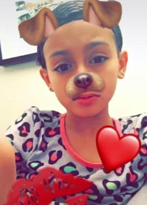 Slayyy Hailey taking a selfie in January 2017