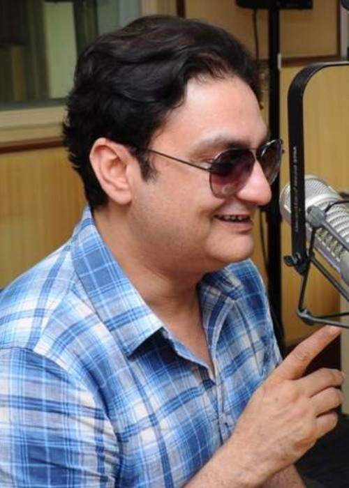 Vinay Pathak for Chalo Dilli Promotions in 2011