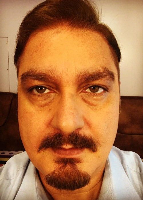 Vinay Pathak on the sets of his bengali film in 2019