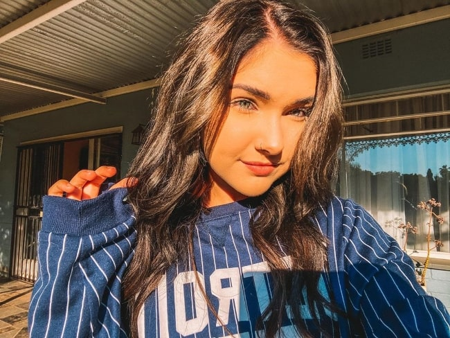 Chané Grobler as seen while taking a sun-kissed selfie in May 2020