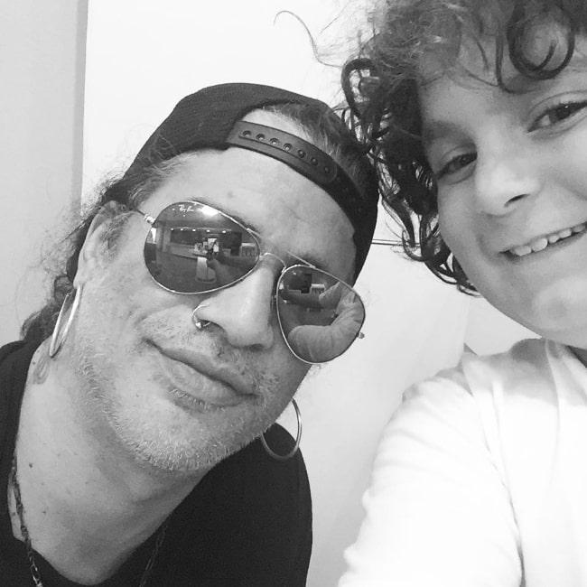 Elie Samouhi as seen in a selfie alongside Slash in February 2017