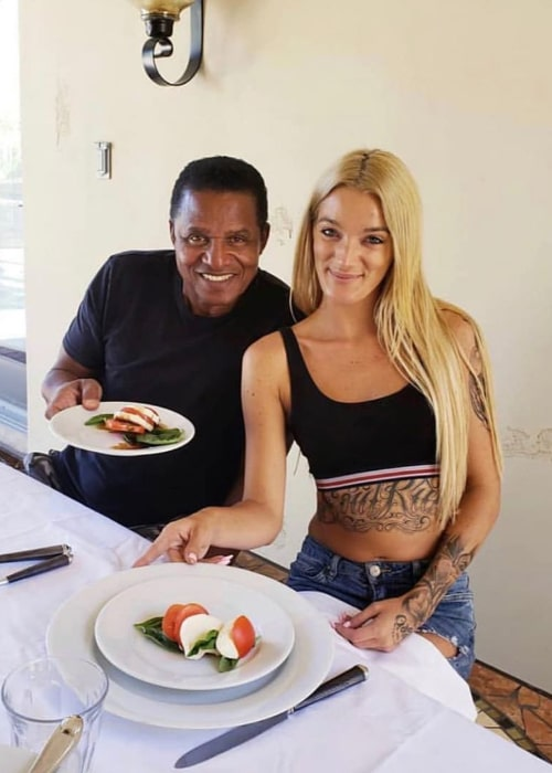 Jackie Jackson posing for a picture along with Gold Lemonade's Lya Lewis in Las Vegas, Nevada