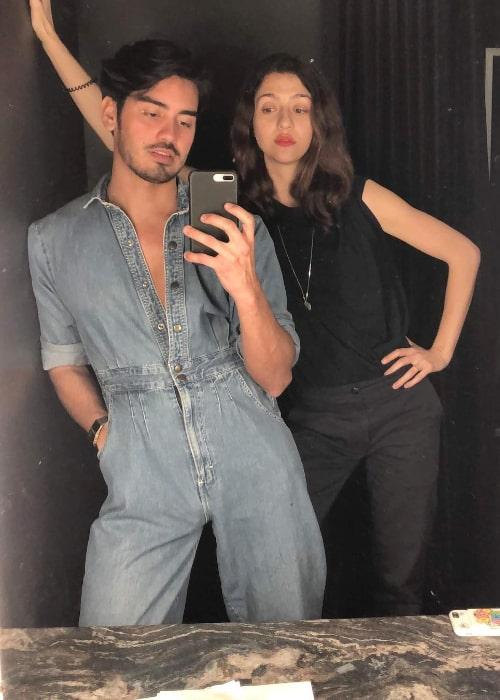 Katie Findlay posing for a mirror selfie along with Alejandro Quinteros in December 2018