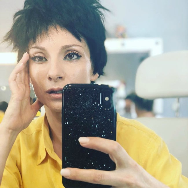 Najwa Nimri in an Instagram selfie as seen in August 2018