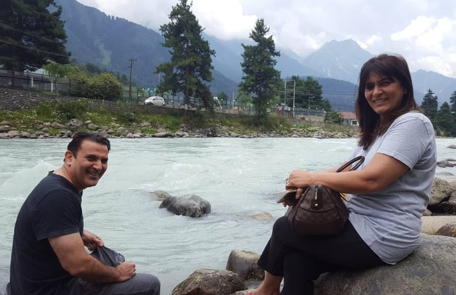 Parmeet Sethi and Archana Puran Singh in Pehelgam, Kashmir