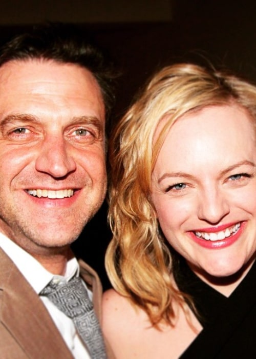 Raúl Esparza with actress Elisabeth Moss, as seen in March 2015