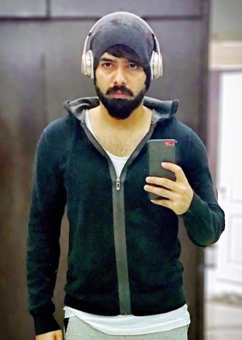 Ram Pothineni in a mirror selfie from 2017