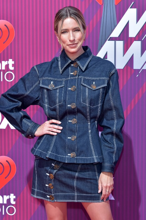 Renee Bargh posing for the camera at the 2019 iHeartRadio Music Awards in Los Angeles, California on March 14, 2019