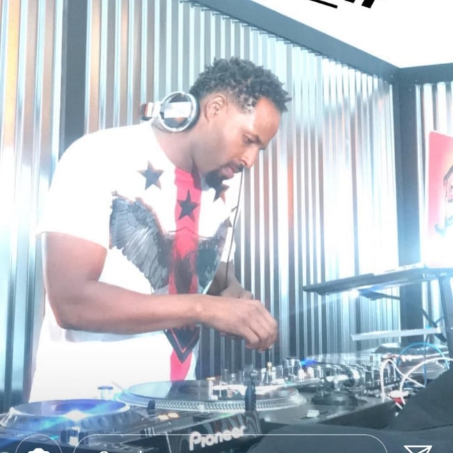 Shawn Wayans as seen in a picture taken while Deejaying at the Tribeca in the past