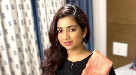 Shreya Ghoshal Height, Weight, Age, Body Statistics
