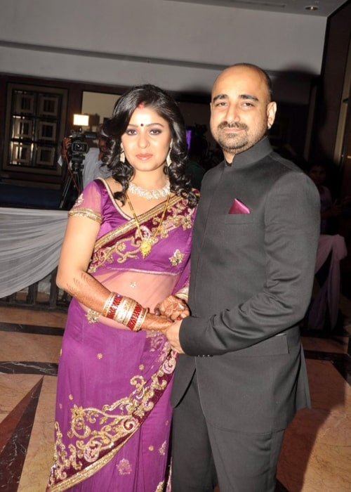 Sunidhi Chauhan at her wedding reception at Taj Lands End on April 28, 2012