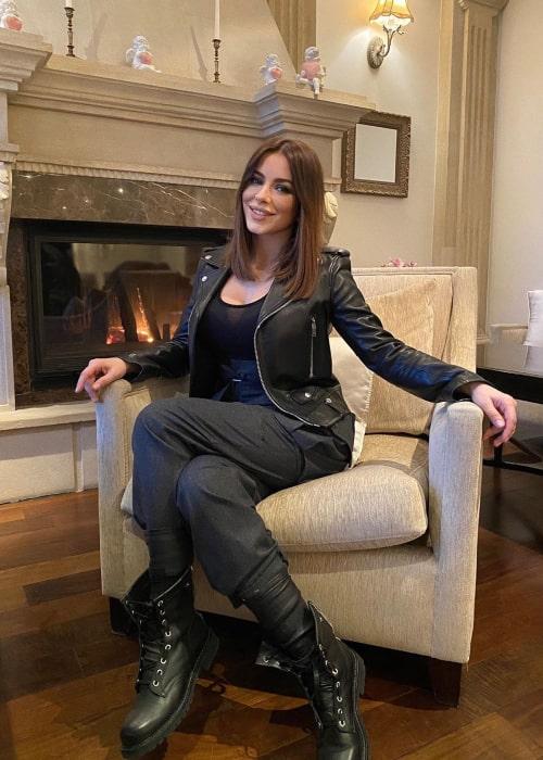 Ani Lorak as seen in an Instagram Post in May 2020