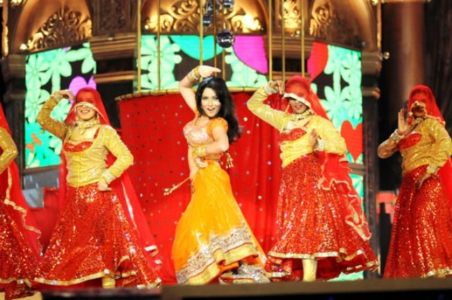 Ankita performing at the Indian Telly awards in 2012