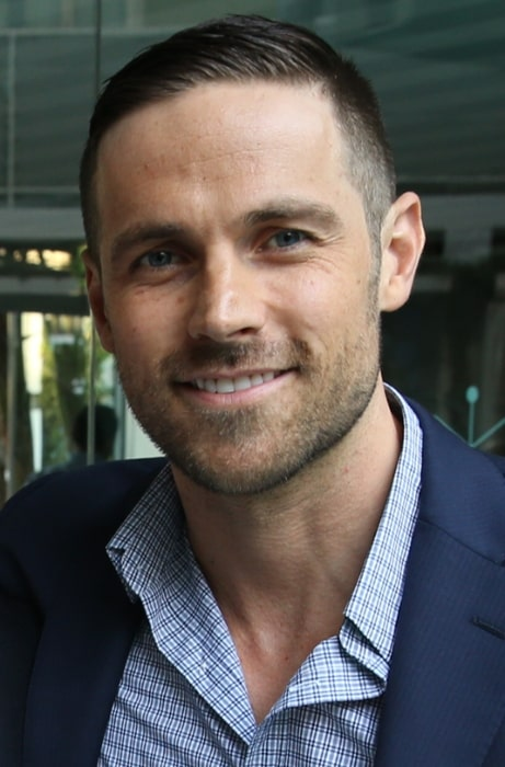 Dylan Bruce at the CFC event in Los Angeles, California in March 2015
