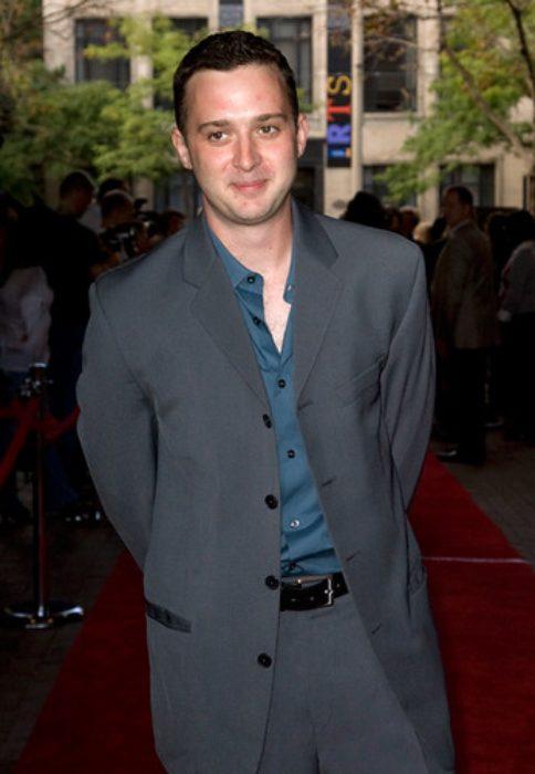 Eddie Kaye Thomas at Nick and Norah's Infinite Playlist red carpet Premiere in 2008
