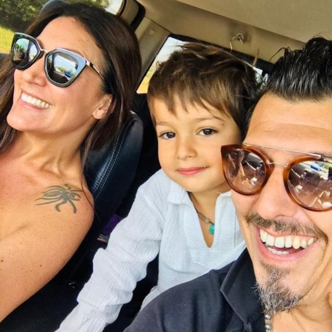 Gastón Mazzacane as seen in a selfie taken with his beau Constanza Colubri and son Renato in Concepción del Uruguay in December 2018