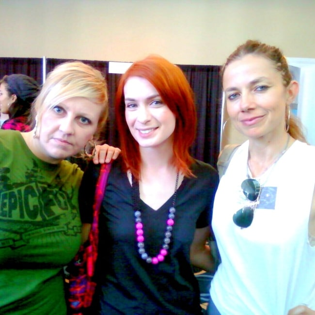 Irina Slutsky, Felicia Day, and Justine Bateman as seen in a picture taken at the International Academy of Web Television October 19, 2009