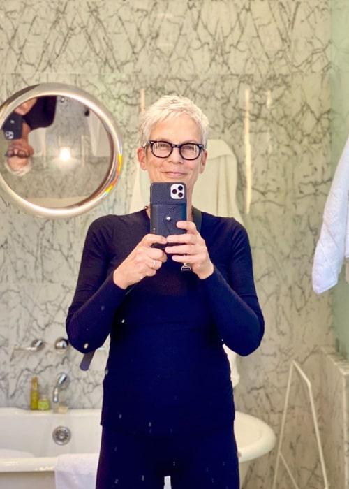 Jamie Lee Curtis in an Instagram selfie from March 2020
