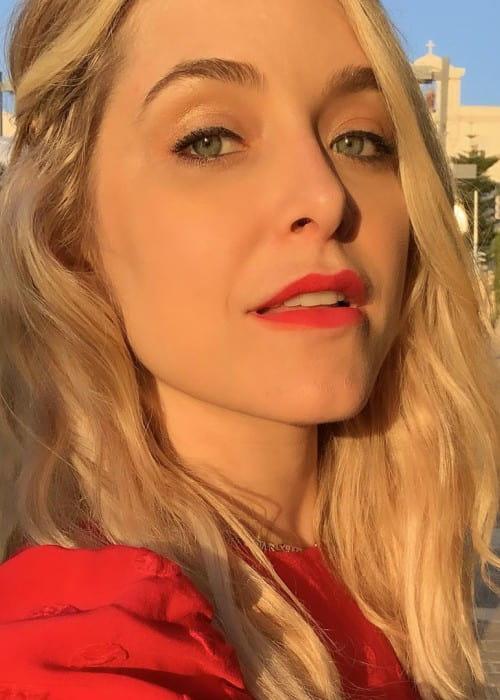 Jenny Mollen in an Instagram selfie as seen in May 2019