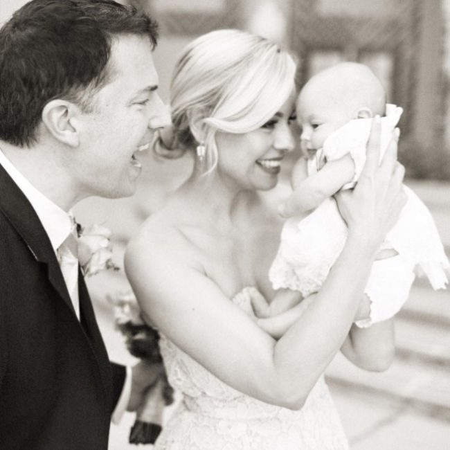 Jessica Collins with her husband and daughter in 2016.