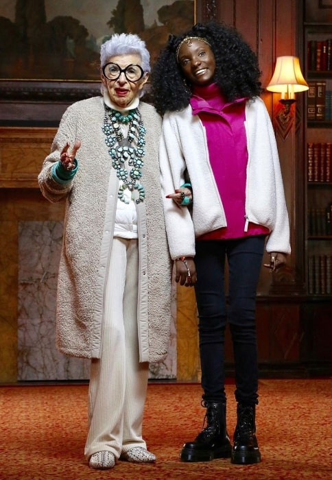 Kheris Rogers (Right) smiling for a picture along with Iris Apfel in October 2019