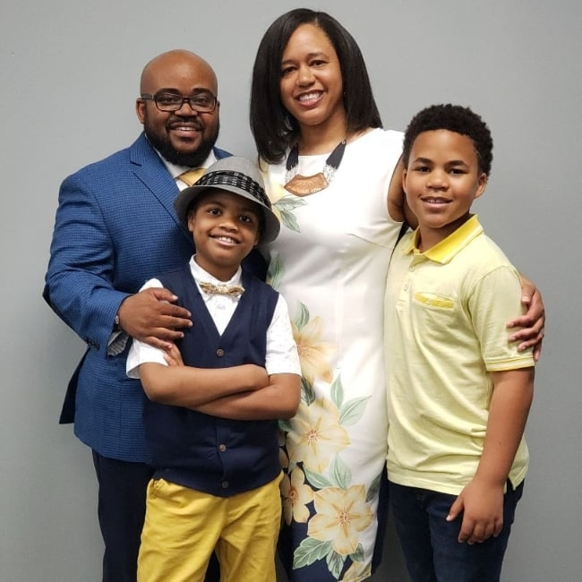 Maceo Smedley (Corner Right) as seen while posing for a family picture in April 2019