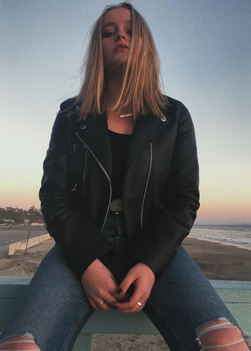 Madison Wolfe in a picture taken at Malibu, California in March 2019
