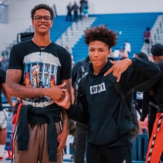 Mikey Williams (Right) as seen while posing for a picture alongside Shareef O'Neal in August 2019