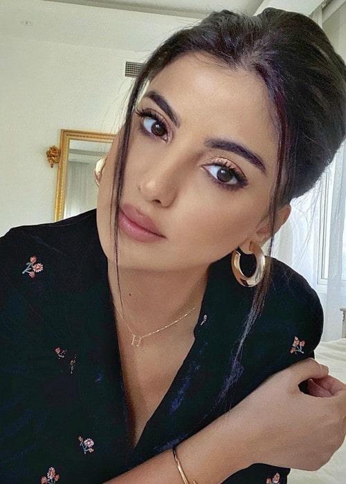Ola Farahat in an Instagram selfie as seen in May 2020
