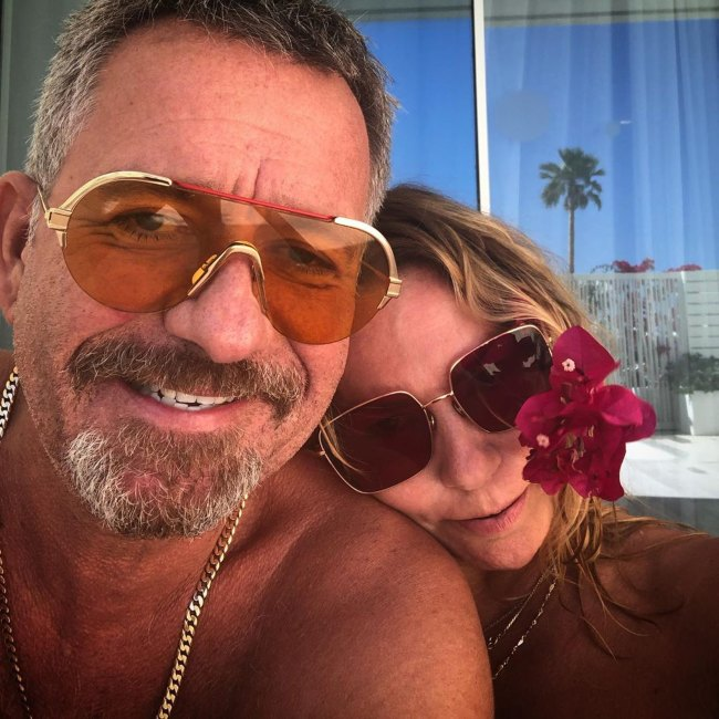 Sean Pertwee along with his wife in 2019
