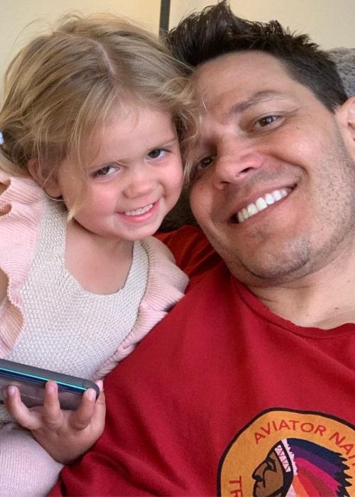 Travis Talbott and his daughter Ryatt Talbott, as seen in an Instagram Post in May 2019