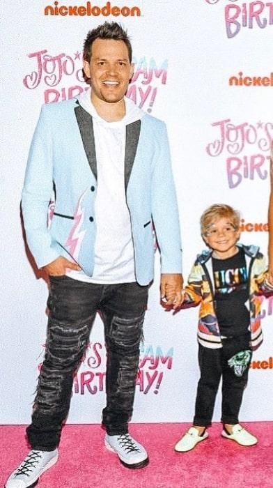 Travis Talbott with his son Tydus Talbott, as seen in an Instagram Post in April 2019