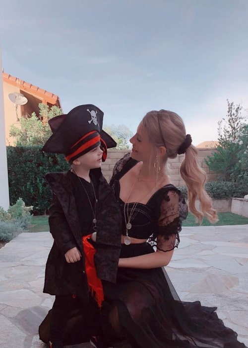 Briana Jungwirth as seen in a picture taken with her son Freddie Reign in November 2018