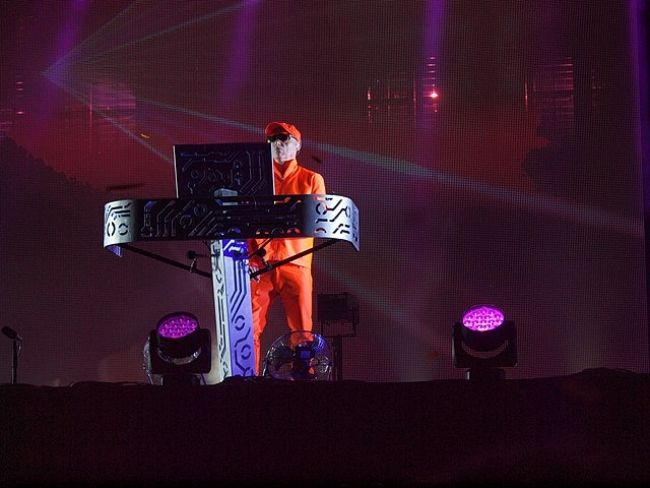 Chris Lowe performing at the 2014 Pori Jazz Festival in Finland