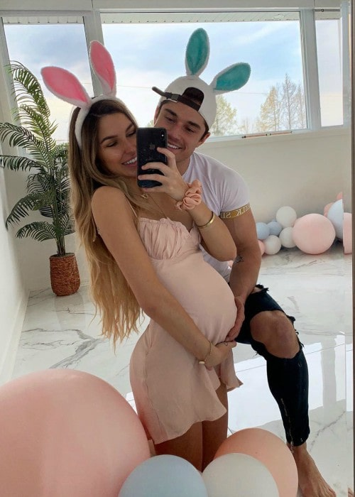 Elisabeth Rioux and Bryan McCormick in a selfie in April 2020