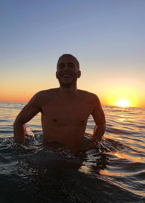 Fai Khadra as seen in a shirtless picture that was taken in the water in November 2019