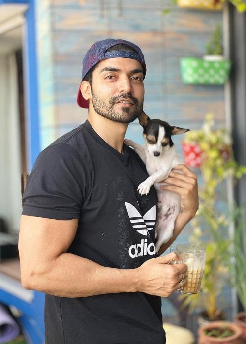 Gurmeet Choudhary as seen in an Instagram Post in April 2020