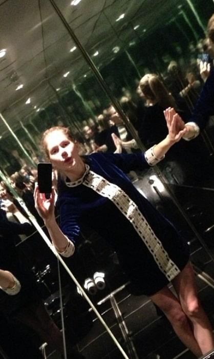 Hanna Alström sharing her candid selfie in November 2013