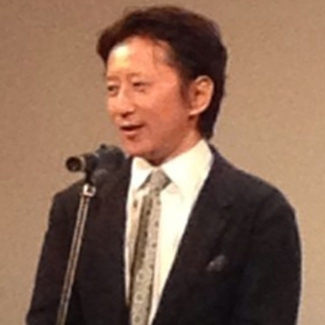 Hirohiko Araki as seen in a picture taken during a speech of his on December 5, 2013