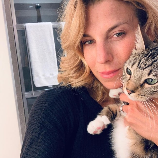 Jessica Seinfeld sharing her selfie in April 2019