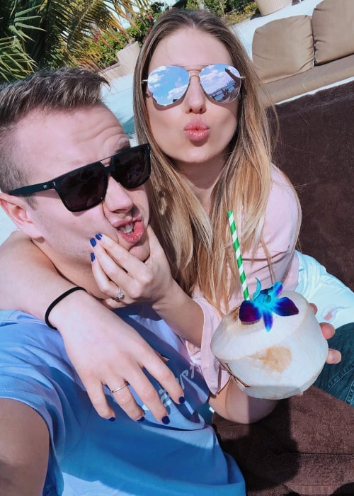 Julienco and Bianca Heinicke, in an Instagram selfie from January 2019