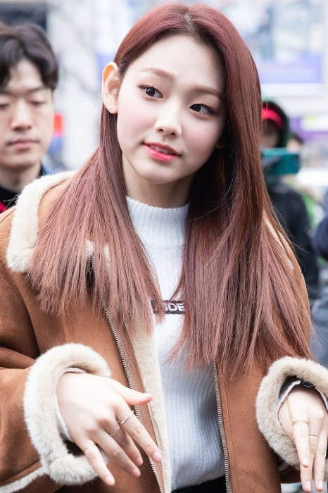 Kang Mi-na pictured at KBS Music Bank on December 21, 2018