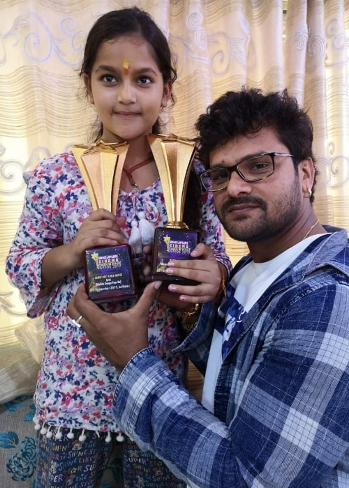 Khesari Lal Yadav as seen in a picture taken with his daughter Kriti Yadav in September 2019