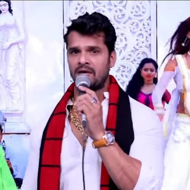Khesari Lal Yadav as seen in a screenshot from his song Bhataar Bhore Tarkul TS Jaala in April 2019