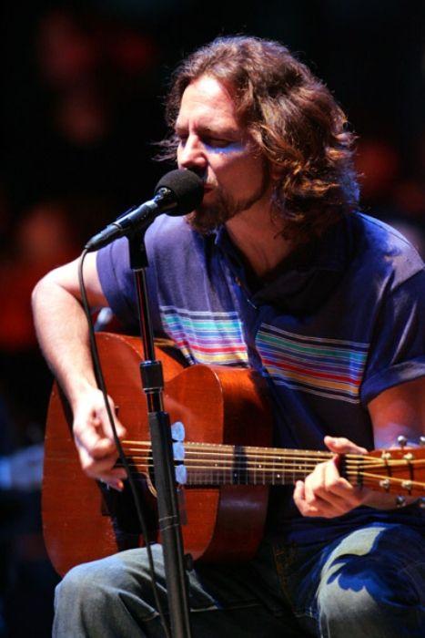 Lead singer and guitarist of Pearl Jam Eddie Vedder