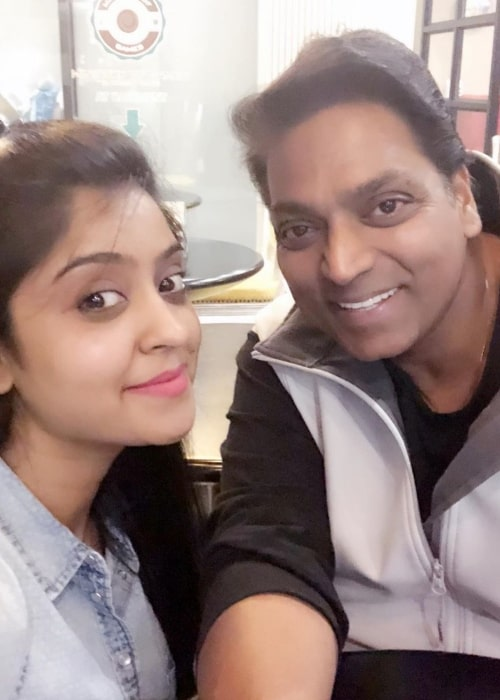 Shubhi Sharma as seen in a selfie taken with choreographer Ganesh Acharya in May 2020