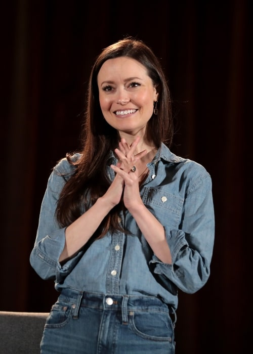 Summer Glau speaking with attendees at the 2019 Phoenix Fan Fusion at the Phoenix Convention Center in Phoenix, Arizona