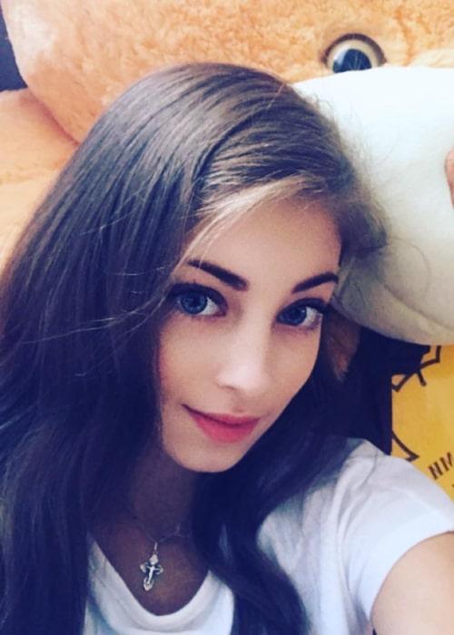 Alena Kostornaia in an Instagram selfie from August 2018